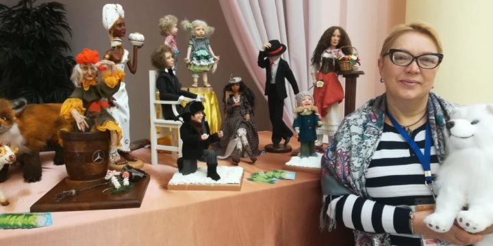 Author's dolls made by a WOMAN's HANDS.